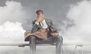 究竟是谁的中年危机?员工焦虑背后是互联网企业在渡劫